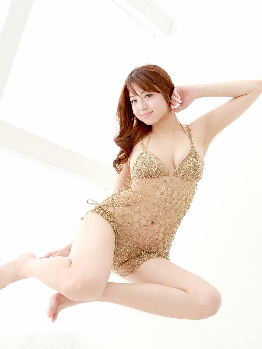 test ツイッターメディア - 中村静香のプルプル美巨乳のエロ画像です! https://t.co/Vxgvp3amIx
