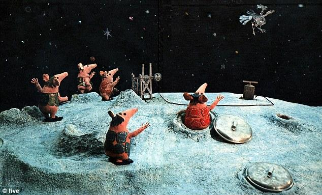 the first images start to come in from the #Rosetta landing http://t.co/nN2XM54nnb