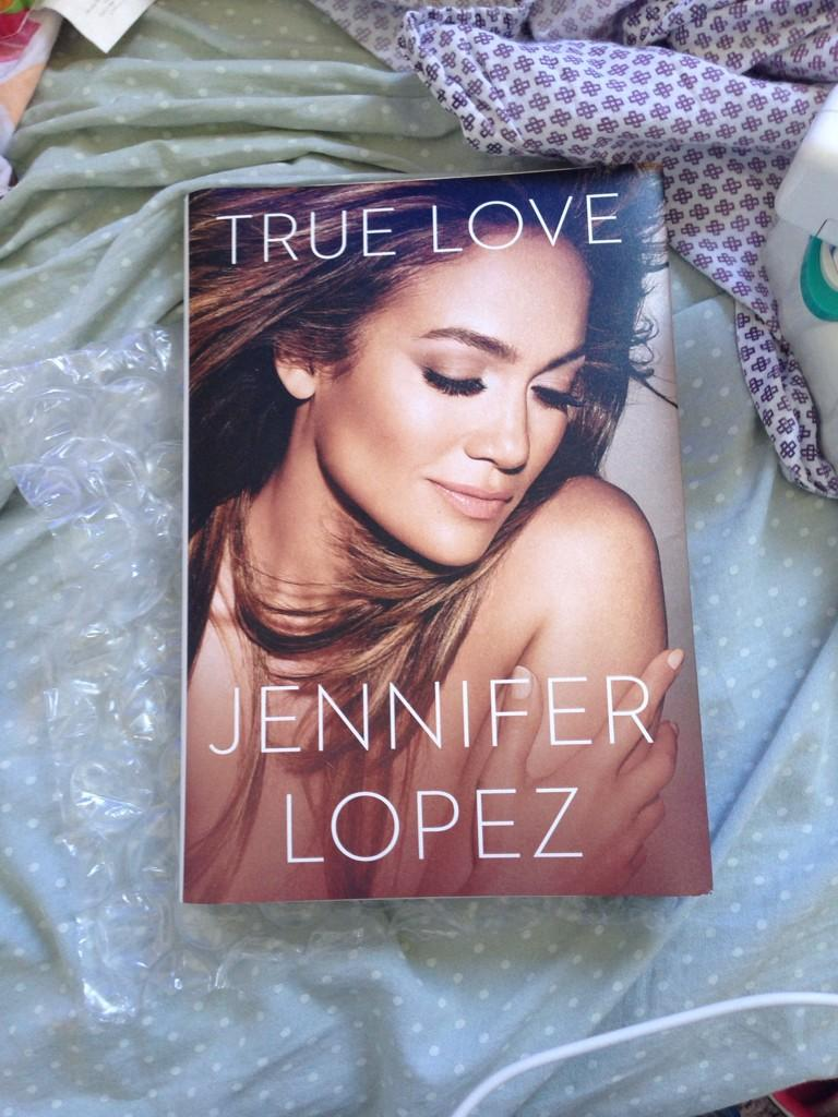 I'M SCREAAAAAAMING OMG LOOK WHAT CAME IN THE MAIL TODAY OMG OMG #jlotruelove @JLo GONNA READ IT ASAP I'M SO EXCITED http://t.co/BFlSlJ9ZuL