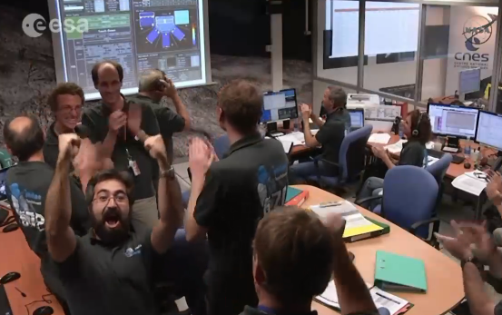That's what we want to see! Congrats! @ESA_Rosetta #CometLanding #NASA #SpaceTweeps http://t.co/jcq0MMV9Yu