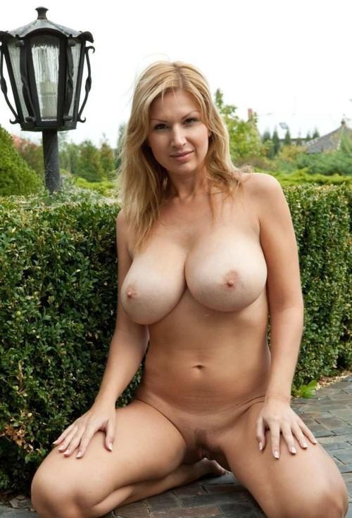 Naked Twicsy pussy hot