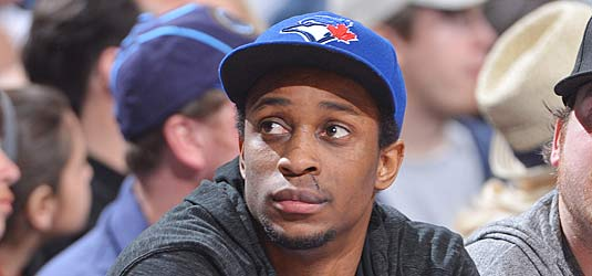 Flyer Wayne Simmonds on the moving reason why he always wears a Toronto Blue Jays hat ... http://t.co/LYUBIFe0c4 http://t.co/g1CfW2eOFD