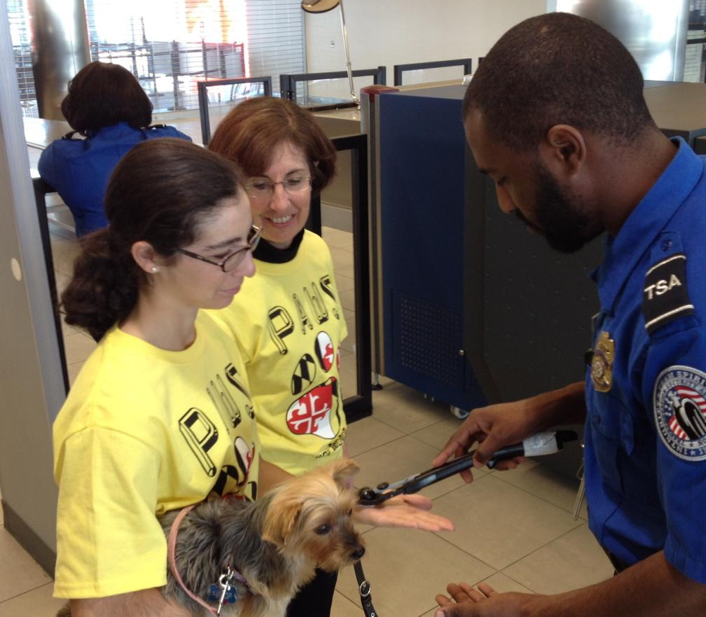 RT @TSAmedia_LisaF: What you need to know about traveling through a TSA checkpoint with your pet: