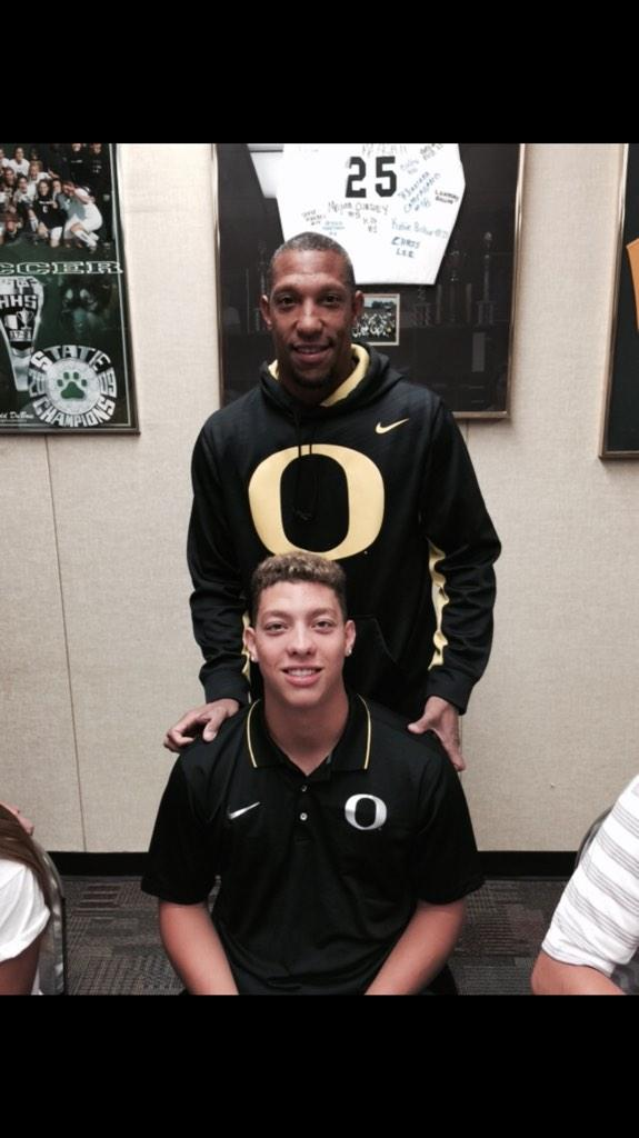 Proud day for me. My son signed his national letter of intent with the university of Oregon. #universityoforegon http://t.co/eMBzgKGDdb