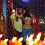 Kannada movie #Ambarisha featuring @priyamani6 @dasadarshan set for big release on Nov 21 http://t.co/1uFuXRhF9A