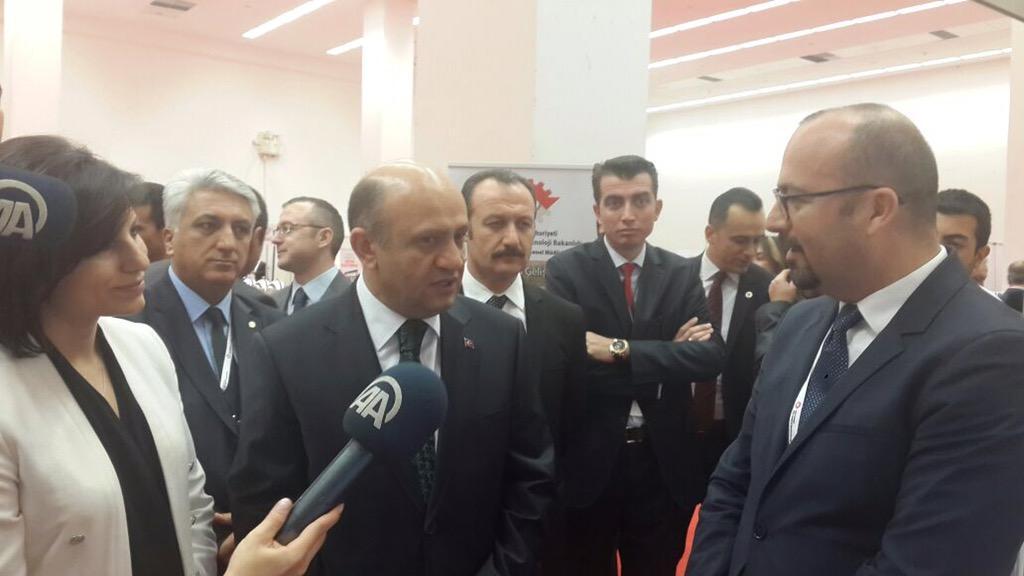 ATO etkinliğinde Bilim Teknoloji ve Sanayi Bakanı Sn Fikri Işık DEHOS hakkında bilgi aldı http://t.co/SoD8iYQlKv
