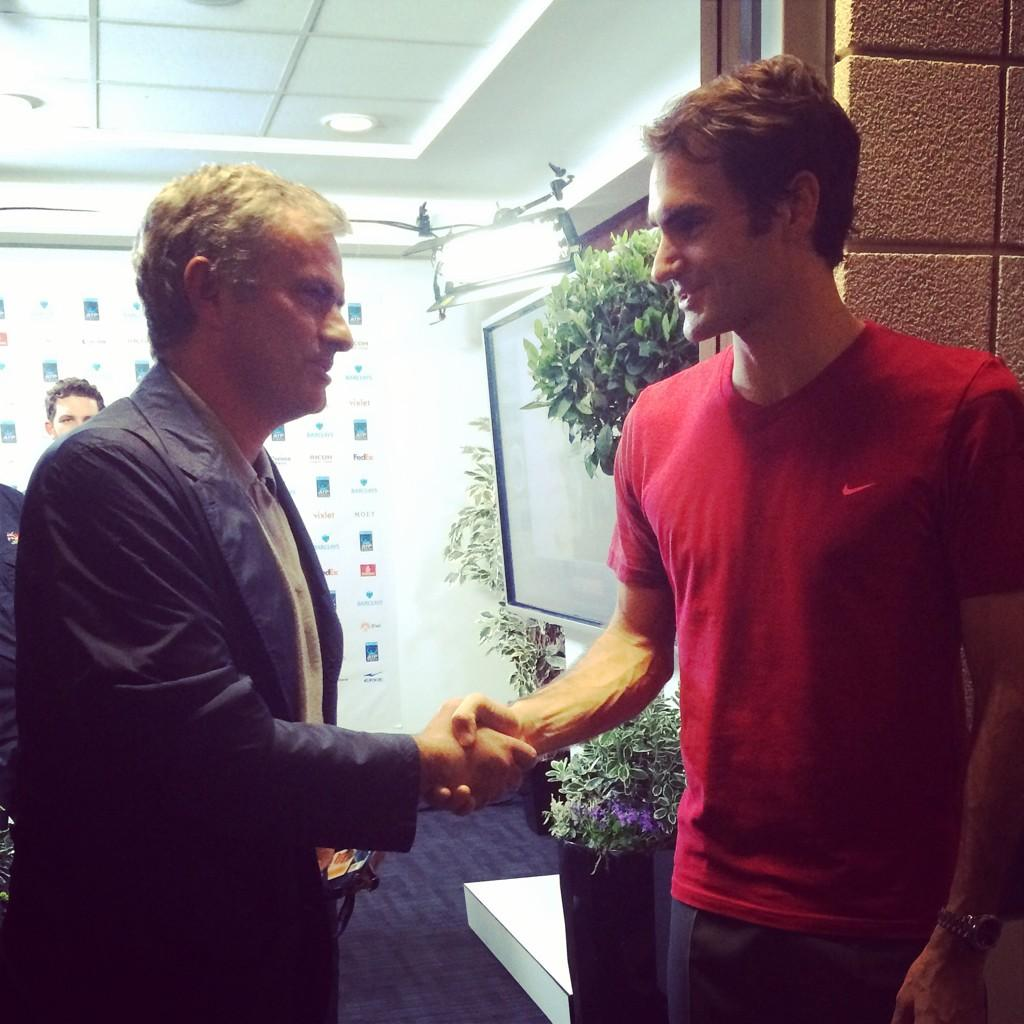 When two sporting icons meet. #Federer #Mourinho #Chelsea #Basel #Tennis #ATP #WorldTourFinals #SkyTennis http://t.co/cAdGLCFvDk