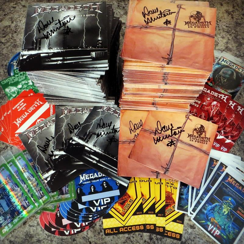 Get a FREE Megadeth CD signed by @DaveMustaine & Collectible Pass w/ club membership! http://t.co/izHW3LKryB http://t.co/cnMDzN2KAt