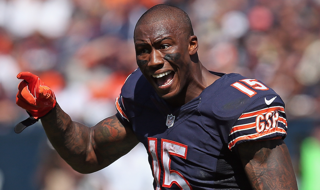 Brandon Marshall offers a Twitter troll $25K to fight him after he disrespected Marshall's mom