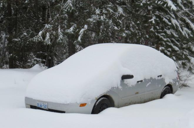 Nicole Karkic (@NicoleKarkic): Dude, where's my car?  Today in Timmins, Ontario credit: Marcel Heroux via @weathernetwork website. #onstorm http://t.co/zq2y0HGRWG