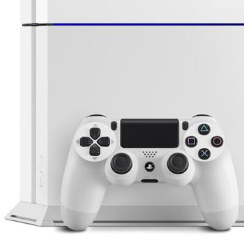 PS4 outsells Xbox One for 10th consecutive month in US http://t.co/QyNUscyqSO http://t.co/49QEPRLQKe