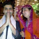 How bout this one-@karanjohar #WeWantFarahKhanPic @LaraDutta @bomanirani @TheFarahKhan @juniorbachchan http://t.co/qI4N46yktG