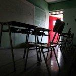 Deuda histórica y agobio laboral: puntos conflictivos de acuerdo entre profesores y el Mineduc http://t.co/j7A55MYLJA http://t.co/RCl7AsTa9S