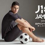 VIDEO. @jamesdrodriguez y su 'nuevo' físico al estilo @Cristiano (Ronaldo): http://t.co/jwTVQQYlPI http://t.co/9PnUL0FWBn