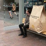 eu e mozão esperando o ônibus http://t.co/27TQR0jFfq