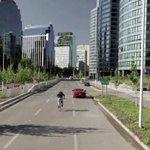 [CooperativaTV] Una bicicleta superó a un auto deportivo en una carrera por Santiago http://t.co/zmcsgLsW6i http://t.co/Z5PkgyUmUS