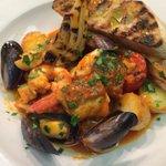 @gfresh120185 Special tonight Cacciucco: Hake, Salmon, Smoked Cod, Mussels, Crevettes, Potato, Confit Tomato&Fennel http://t.co/4OZdEOqfE8