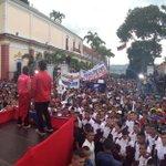 #FOTO Estudiantes universitarios en su día se reúnen con @NicolasMaduro en Miraflores http://t.co/70VgM3IaDa