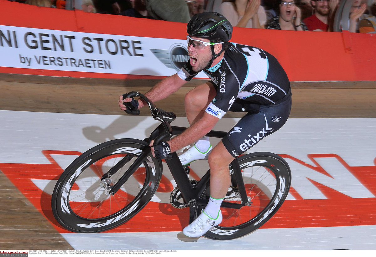 Manx Missile @MarkCavendish dialed in at #GentSixDay. #SpeedWeaponry #OPQS Photo @TDWsport https://t.co/Jukz56E7nu http://t.co/v9D69saGbw