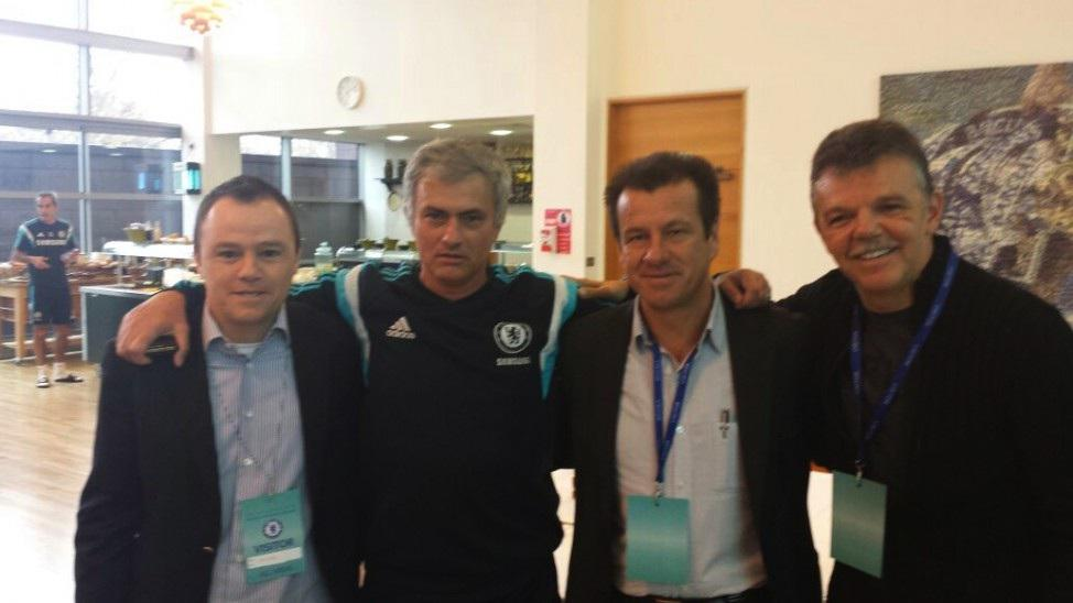 Dunga and Brazil's NT staff have visited Chelsea, Dunga talked with Mourinho and visited the club's training ground: http://t.co/AuixYOM0lI