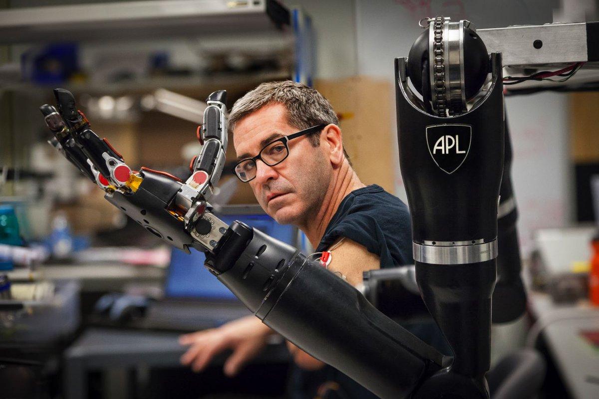 We were very pleased to welcome @milesobrien to APL today, as he works on an upcoming @CNN story http://t.co/LHQhENa4py