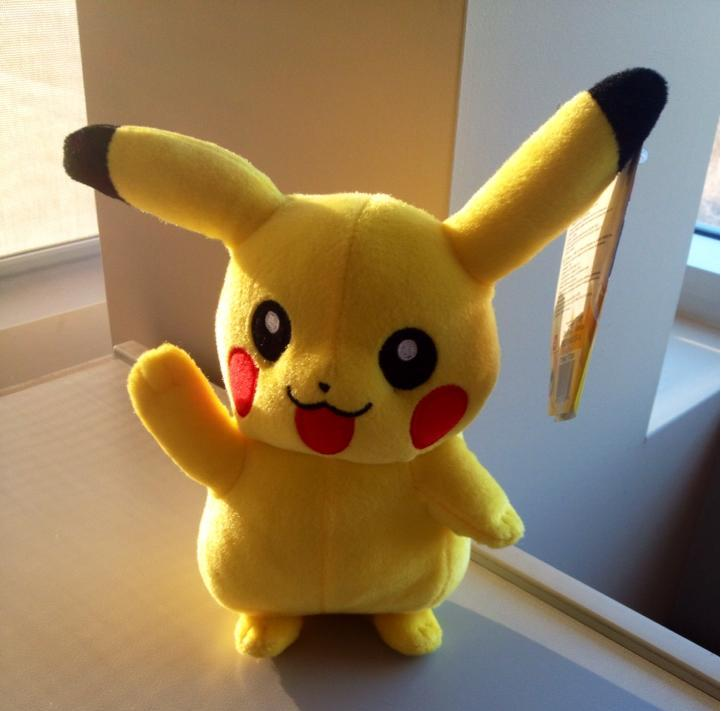 #Contest - Happy #NintendoDay! RT for your chance to #win this adorable #Pikachu plush! http://t.co/FZxRkDKrjL