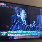 Mayor Slay talking a truly great game. If police command & front line live up to it, were good. http://t.co/rGIbQwdm22