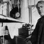 #BREVENOTAS: Un día como hoy hace 137 años en Nueva York , Thomas Edison anuncia la creación del fonógrafo. http://t.co/IAO5qKWUNa