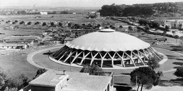 And seeing as we are 'doing concrete' Pier Luigi Nervi, master builder, Olympic Flaminio Stadium in ferrocement. http://t.co/LIpcVreFBa