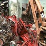 Morador de Joinville acumula cerca de 10 toneladas de entulho em casa http://t.co/HXA4gFQhZT #G1 http://t.co/68YdaTOJGn