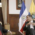 La disculpa de Ecuador por la bandera paraguaya al revés: http://t.co/WNjGBbDU5B http://t.co/T1DiCBkaGH