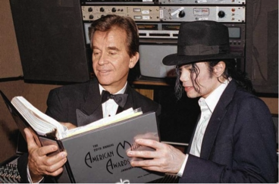 #FriendlyFriday Michael and his good friend Dick Clark prepare for the American Music Awards. http://t.co/jZqMtCqa0Y