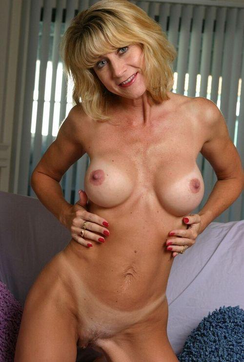 latina sexy naked lesbians