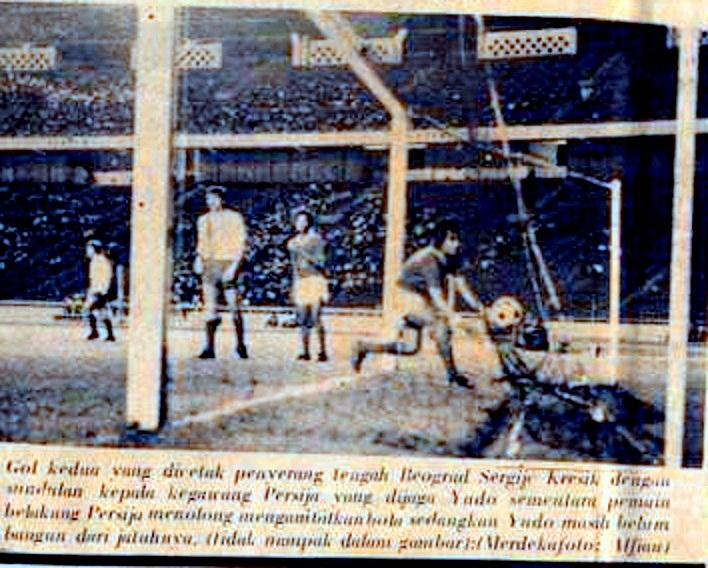 Persija vs OFK Beograd .The serbian side triumphed 2-0 in front of 60.000 spectators at the senayan  in jakarta, 1960 http://t.co/aC9qRPHLmr