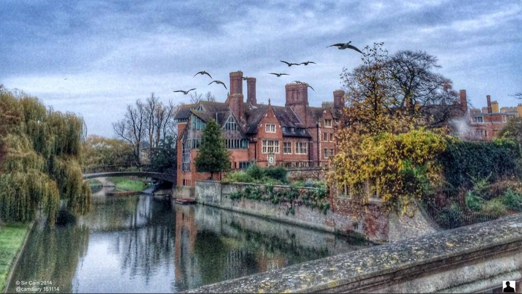A damp morning in Cambridge. @TrinityHallCamb http://t.co/dY8NmmviBL