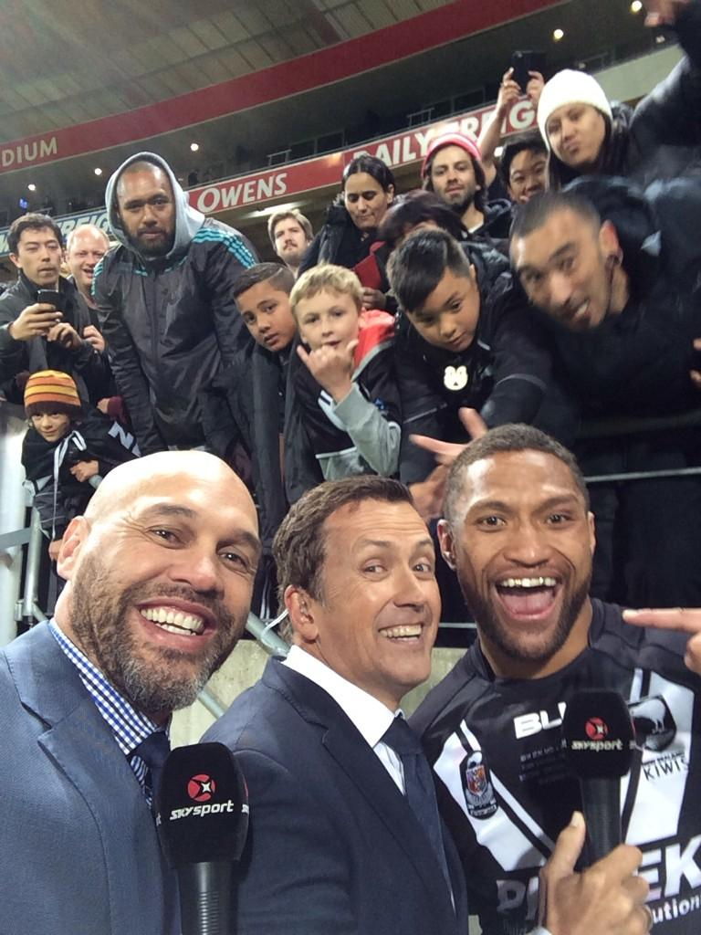 #selfiewithManu @NZRL_Kiwis http://t.co/tk66tlJ63a