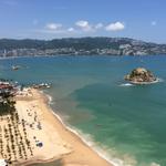 Buenos días desde #Acapulco, disfruten del mar y las playas de este hermoso puerto. http://t.co/YrKle1YTsQ