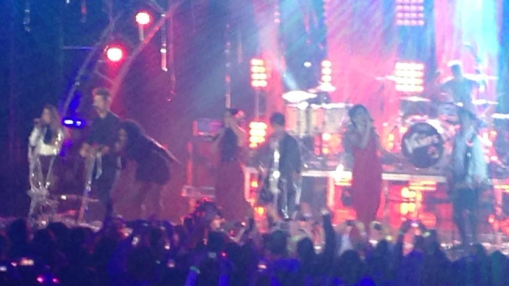 The Vamps and Fifth Harmony together on the #HALOawards stage. Check out the performance on Sun., Nov. 30! http://t.co/Kf19VUo01R