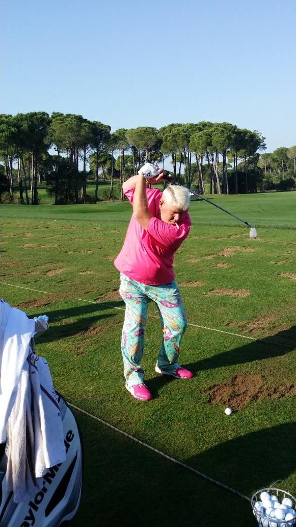 @PGA_JohnDaly dressed for a big Sunday,love the cigarette position at the top of the backswing @jdsace #MyGolfJourney http://t.co/o1sU2IwIRY