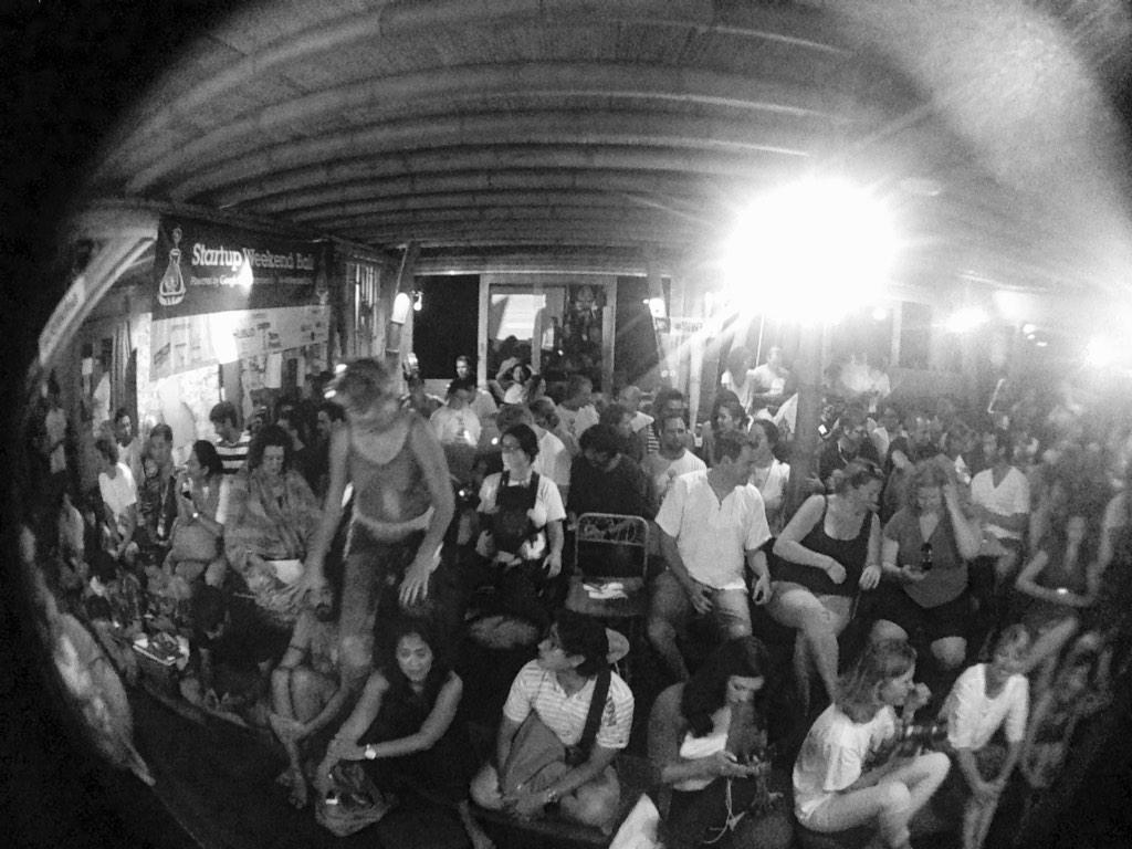 Full pack in @hubudbali tonight. Everyone exciting with final presentation of #SUWBali http://t.co/kPkG5wS9d7