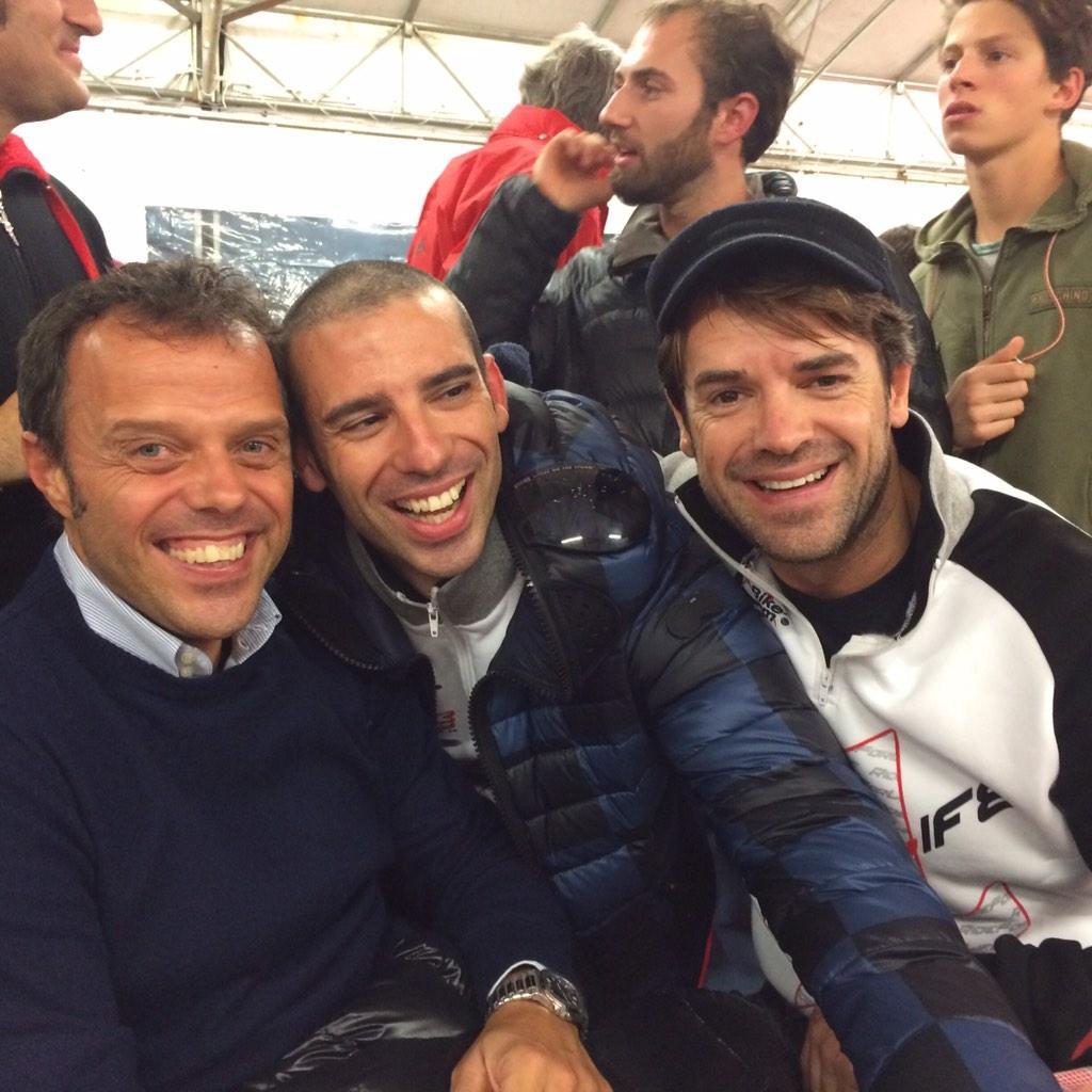 Con 2 grandi compagni @MarcoMelandri33 @LorisCapirossi en una grande atmosfera, oggi gran gara con la bici e il Kart! http://t.co/RfOFAzxqUR