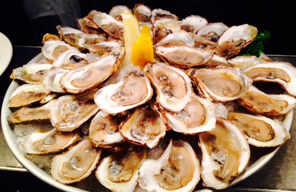 Win $150 to Joe Fortes: http://t.co/2FnFZuwiTY RT @JoeFortesVan: #happyhour everyday from 4-6pm! http://t.co/xE9NM9v94M