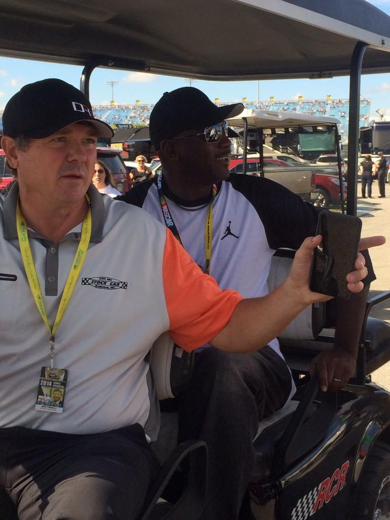 "Michael Jordan is at the track. ""I'm just here for support"" he said as he'll be atop @dennyhamlin pit box http://t.co/6FzRko7PMa"
