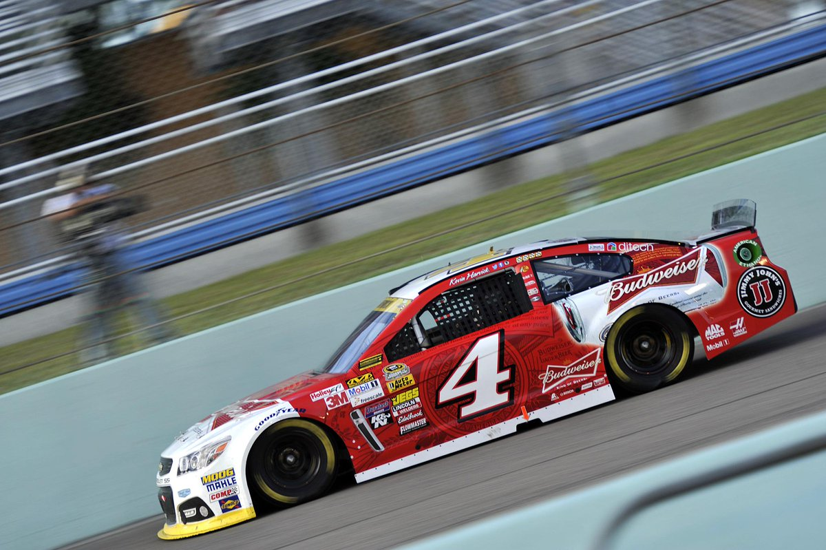 2,137 laps led. 5 wins. 20 top 10s. 8 poles. Champ @KevinHarvick - that's what we call a #NASCAR season to remember! http://t.co/htZDhIndLf