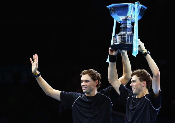 We're stoked to win the #FinalShowdown & finish the season on a high! Thanks for all the support! See you in 2015! http://t.co/0CQZdc0zxz