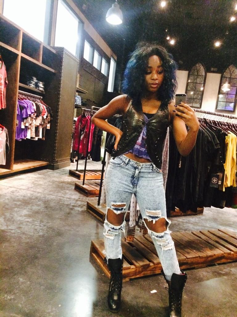 Someone just took over our #Twitter....  @NormaniKordei @FifthHarmony http://t.co/fc9Dj4f2Ix