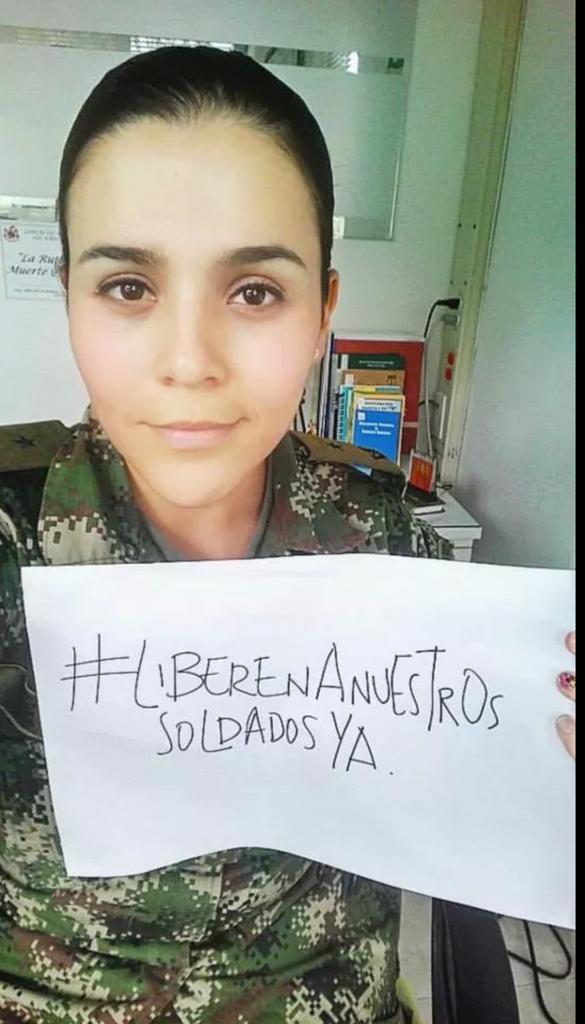 #Liberenanuestrossoldadosya http://t.co/glGlNnhvMk