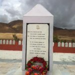 RT @nitingokhale: The Rezangla memorial near Chushul in Ladakh. A major function is on right now to pay tribute to the gallant Kumaonis htt…