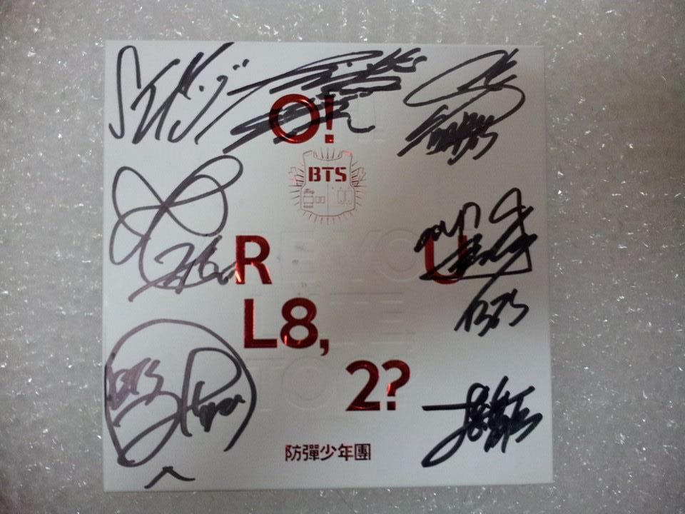 [LIMITED STOCK] BTS Album - O!RUL8,2? By. SIGNED - Idr : 500.000 http://t.co/Ebw4otjJTi
