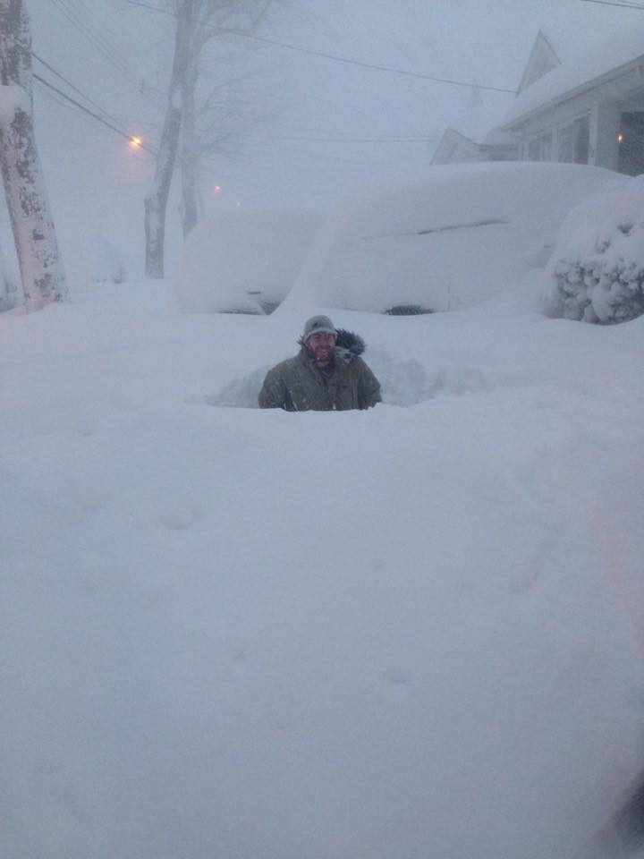 South Buffalo. Posted by Melanie Walgate to @news4buffalo FB page. #LakeEffect http://t.co/vw9RgA8ahH